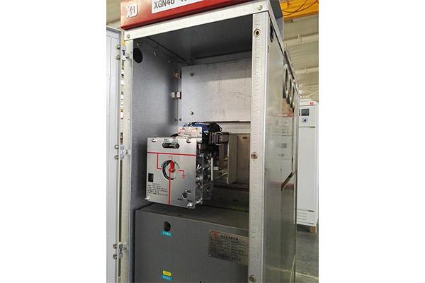 西电宝光充气柜的CJ30G型三工位机构